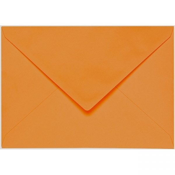 Artoz 1001 - 'Malt' Envelope. 229mm x 162mm 100gsm C5 Lined Gummed Envelope.