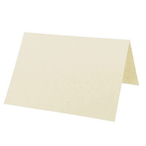 Artoz Perle - 'Ivory' Card. 132mm x 103mm 250gsm A7 Place Card.