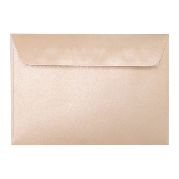 Artoz Perle - 'Peach' Envelope. 162mm x 114mm 120gsm C6 Peel/Seal Envelope.