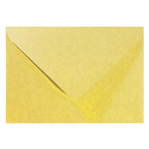 Artoz Perle - 'Gold' Envelope. 191mm x 135mm 120gsm E6 Gummed Envelope.