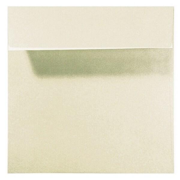 Artoz Perle - 'Ivory' Envelope. 160mm x 160mm 120gsm Square Peel/Seal Envelope.